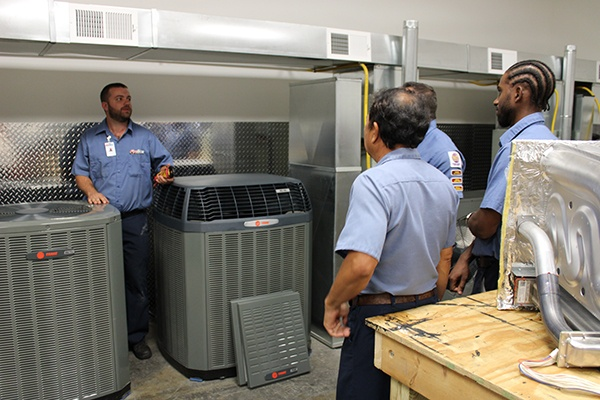 Top 7 Things to Look for When Choosing an HVAC Company